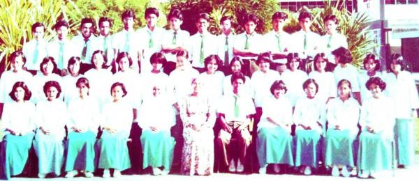 cropped-cropped-classmates-p2sttj-e1364547563647.jpg